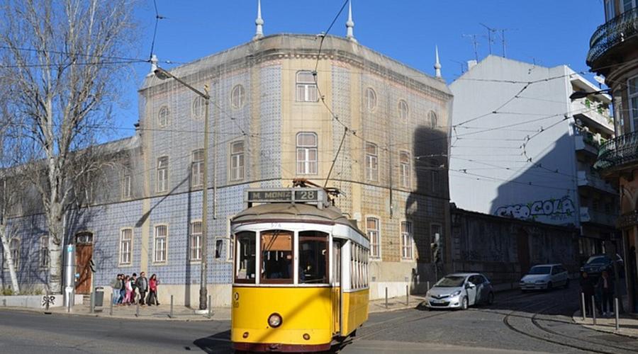 Fotografia de um elétrico em Lisboa para ilustrar a presença do PAN na Assembleia Municipal de Lisboa